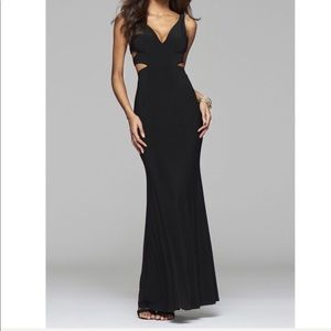 NWT BLACK CUTOUT FAVIAN PROM/BALL DRESS